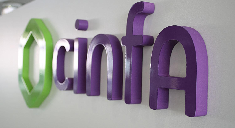 cinfa - Diseño y Rotulación de rótulos corpóreos - Curva Rotulación Integral Pamplona