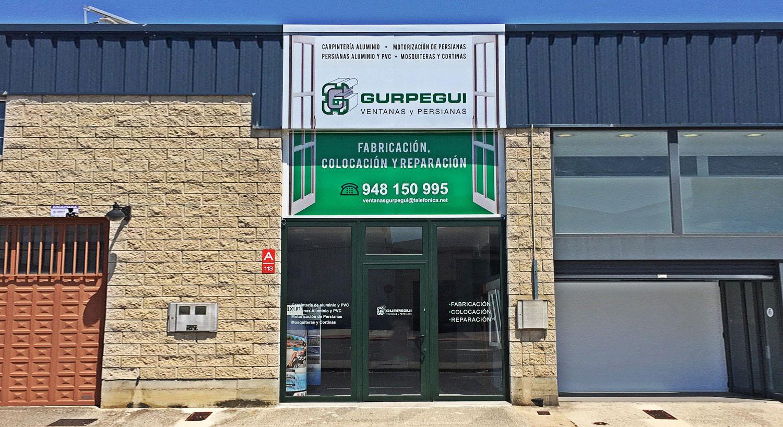 Ventanas Gurpegui - Diseño y Rotulación para tu negocio - Curva Rotulación Integral Pamplona