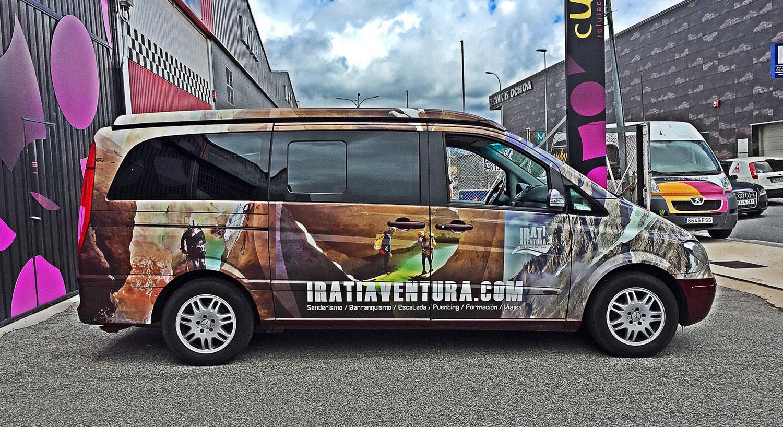Irati Aventura - Diseño y Rotulación de vehículos - Curva Rotulación Integral Pamplona