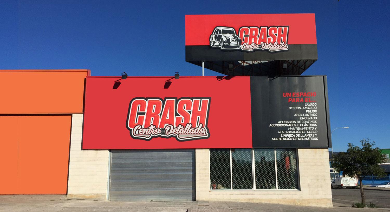 Crash Centro de detallado - Diseño y Rotulación de fachadas para negocios - Curva Rotulación Integral Pamplona