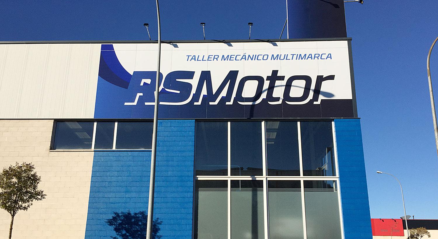 RS Motor Pamplona - Diseño y Rotulación de fachadas para negocios - Curva Rotulación Integral Pamplona